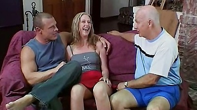 Katie Morgan goes to suck dude while older men watch views:2761