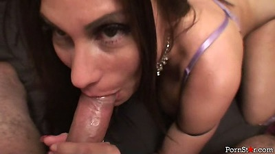 Brunette milf blowjob skills showing Sheila Marie