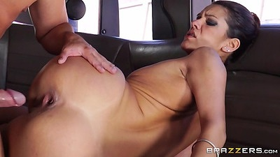 Alluring latina with small boobs fucked in the limo Samia Duarte views:501