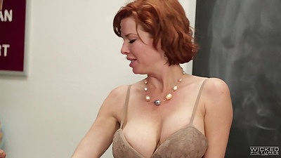 Veronica Avluv squirt class with gagging deep throating milf views:721