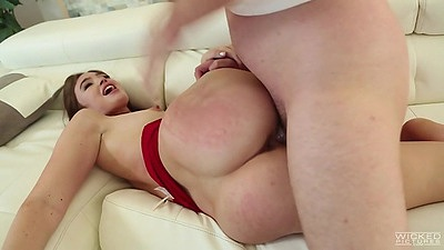 Delicious sideways fuck with cute looking girl Jodi Taylor views:753